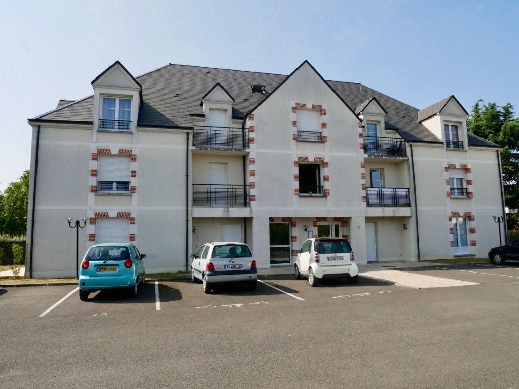 Appartement à vendre 3 71m2 à Saint-Denis-en-Val vignette-2