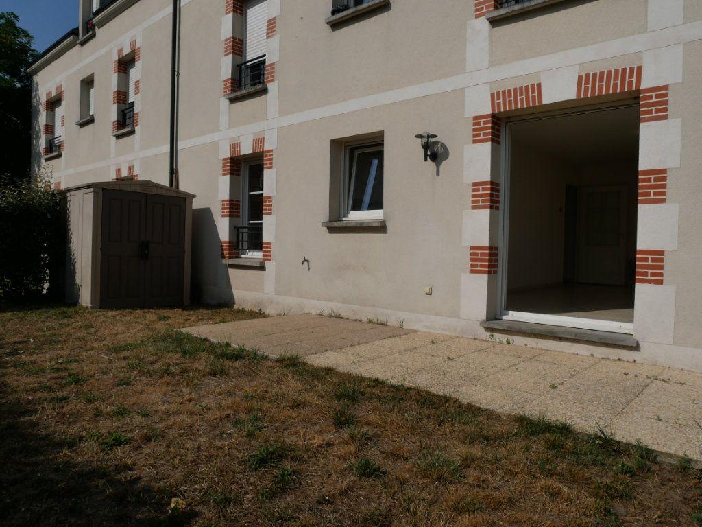 Appartement à vendre 3 71m2 à Saint-Denis-en-Val vignette-4