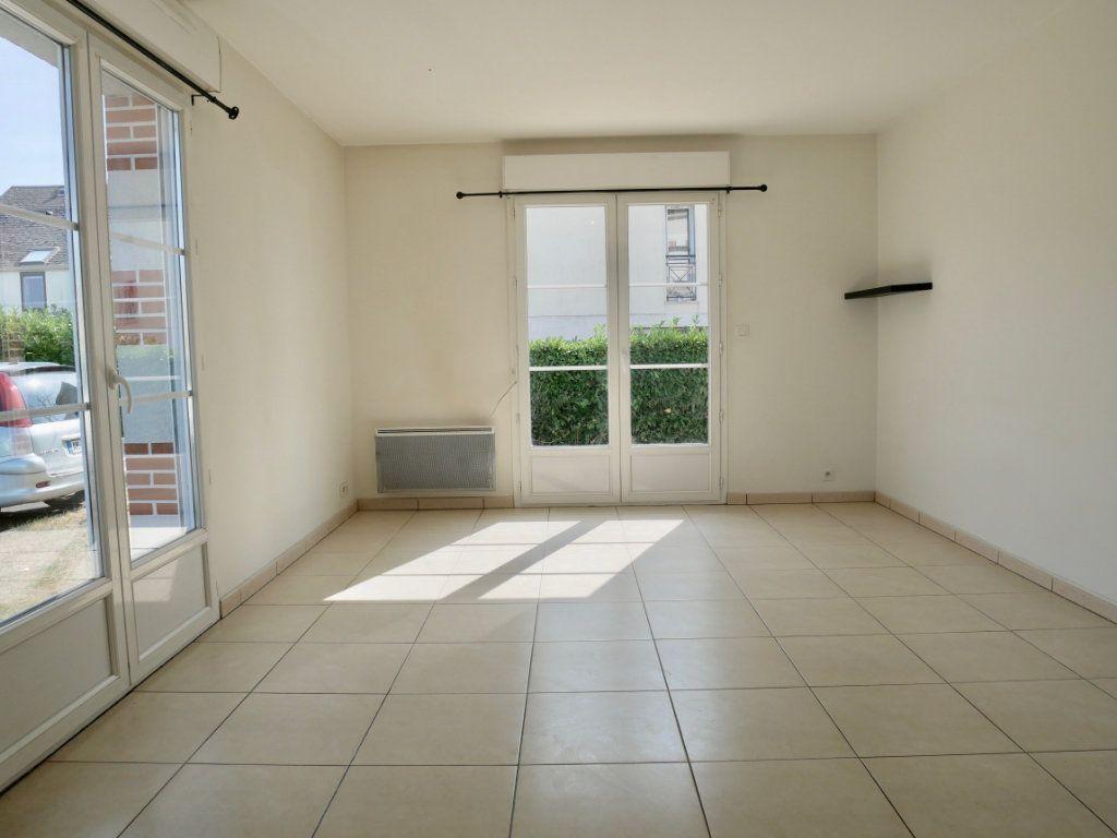 Appartement à vendre 3 71m2 à Saint-Denis-en-Val vignette-5