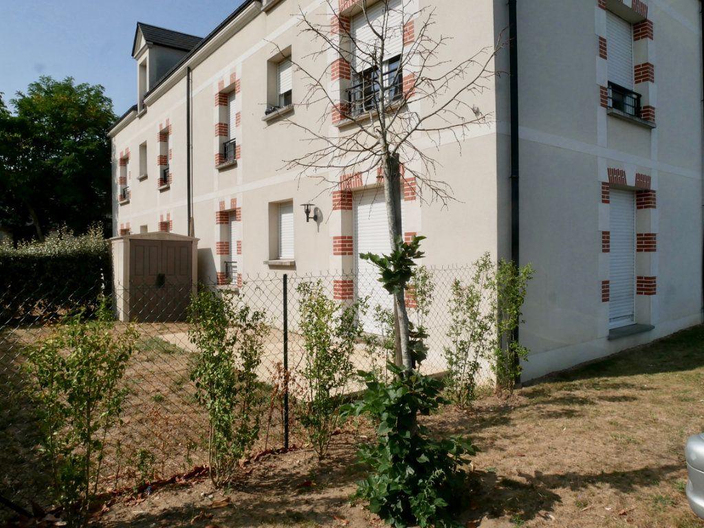 Appartement à vendre 3 71m2 à Saint-Denis-en-Val vignette-6