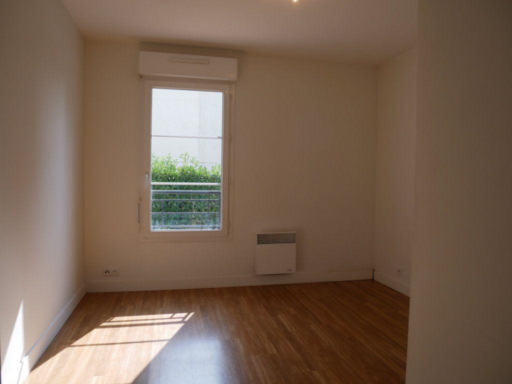 Appartement à vendre 3 71m2 à Saint-Denis-en-Val vignette-7