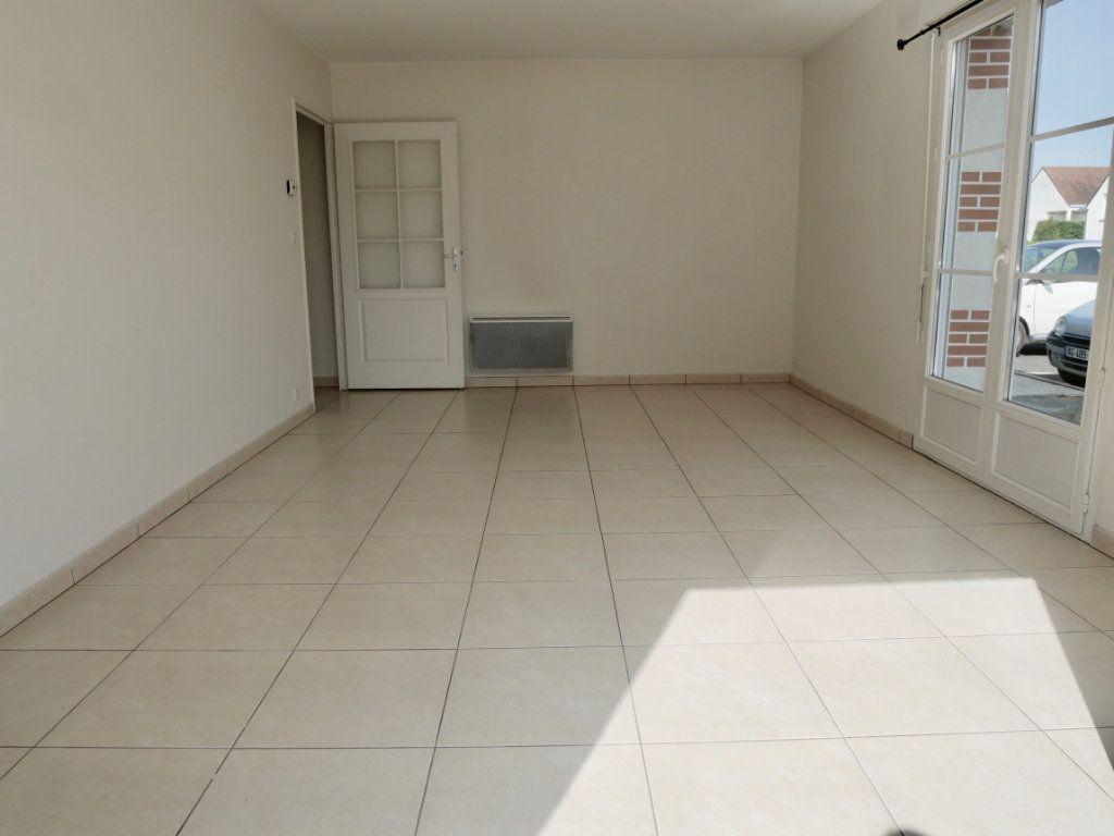Appartement à vendre 3 71m2 à Saint-Denis-en-Val vignette-8