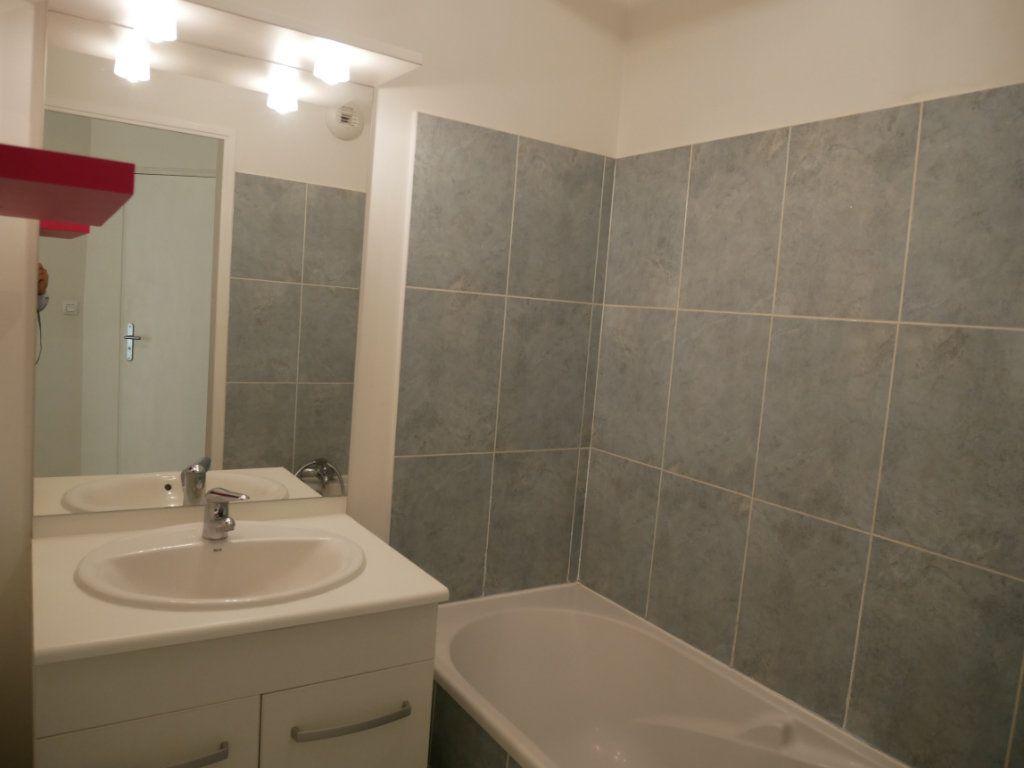 Appartement à vendre 3 71m2 à Saint-Denis-en-Val vignette-9
