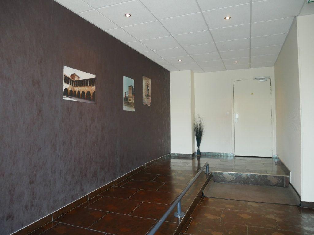 Appartement à vendre 3 71m2 à Saint-Denis-en-Val vignette-11