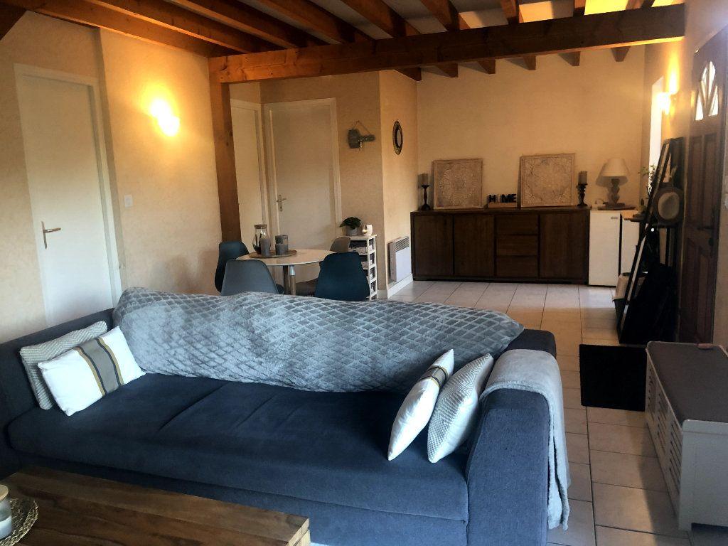 Maison à louer 3 65m2 à Saint-Denis-en-Val vignette-3
