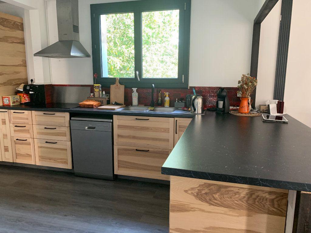 Maison à vendre 7 192m2 à Saint-Denis-en-Val vignette-3