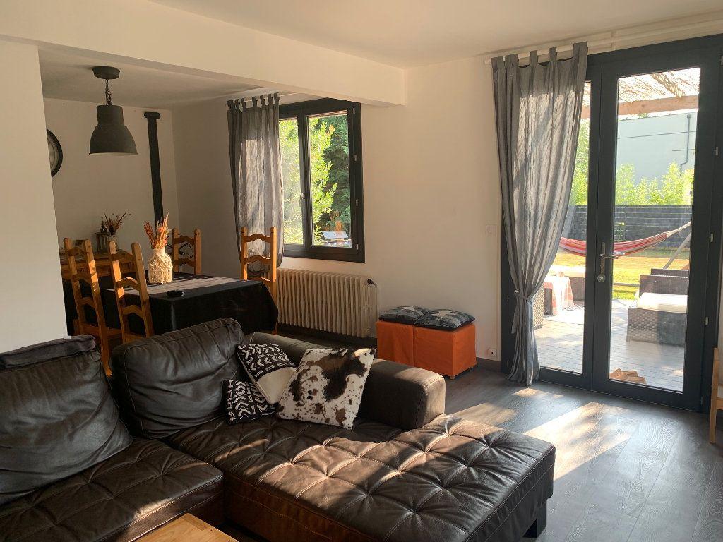 Maison à vendre 7 192m2 à Saint-Denis-en-Val vignette-4