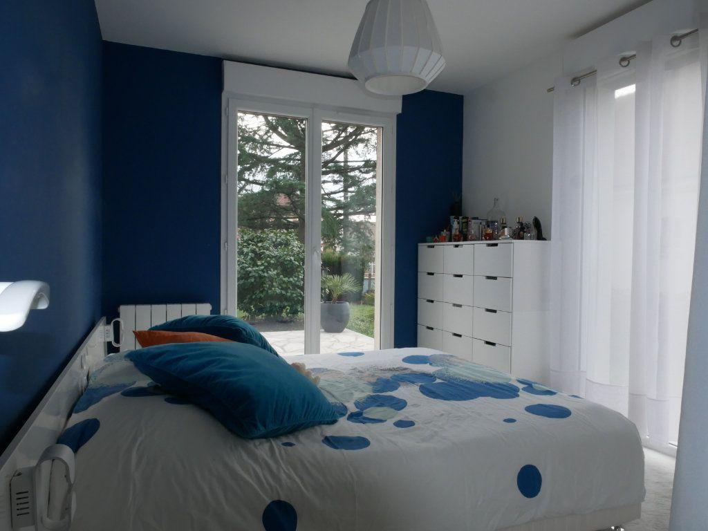 Maison à vendre 6 142m2 à Saint-Denis-en-Val vignette-5