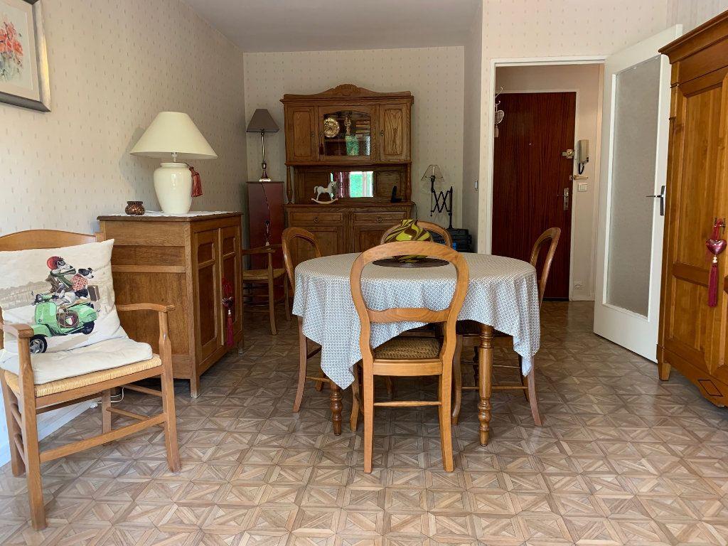 Appartement à vendre 3 60.02m2 à Orléans vignette-2