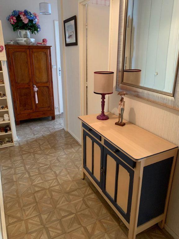 Appartement à vendre 3 60.02m2 à Orléans vignette-9