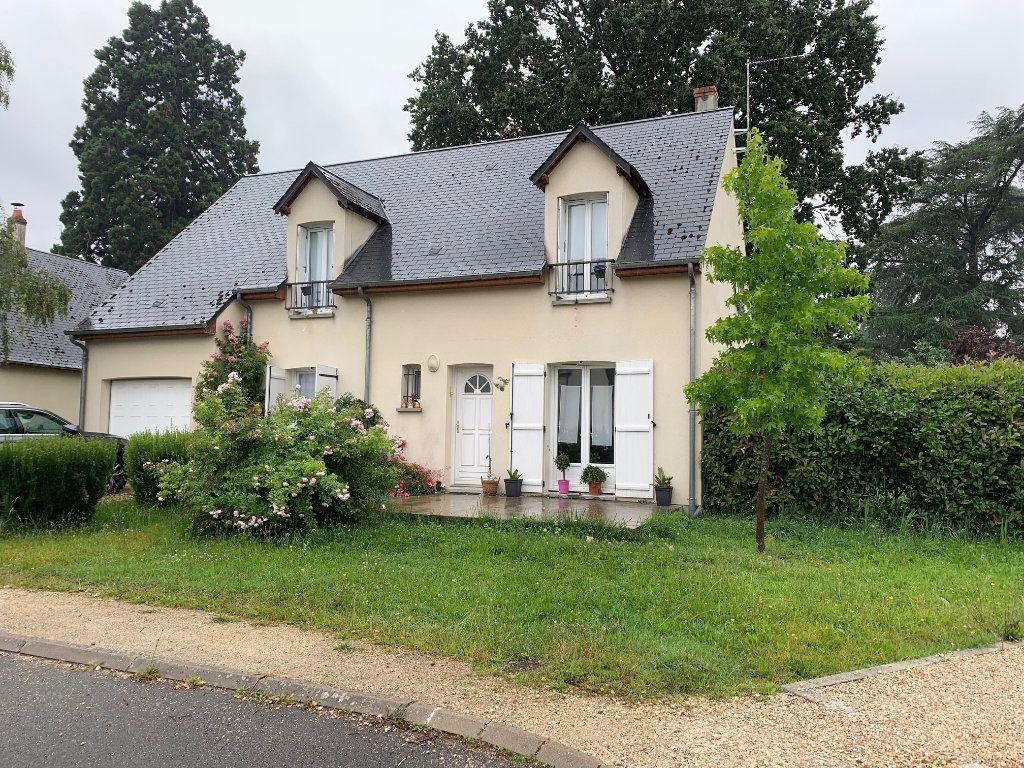 Maison à louer 5 133.17m2 à Saint-Jean-le-Blanc vignette-1