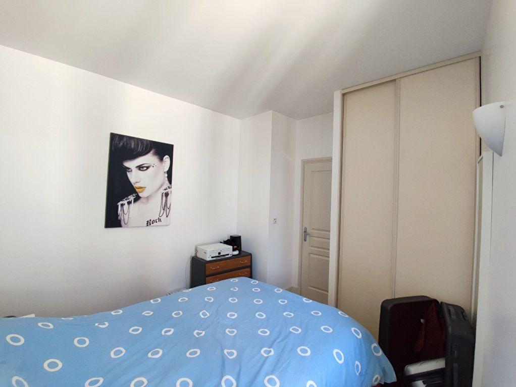 Appartement à louer 2 32m2 à Orléans vignette-7