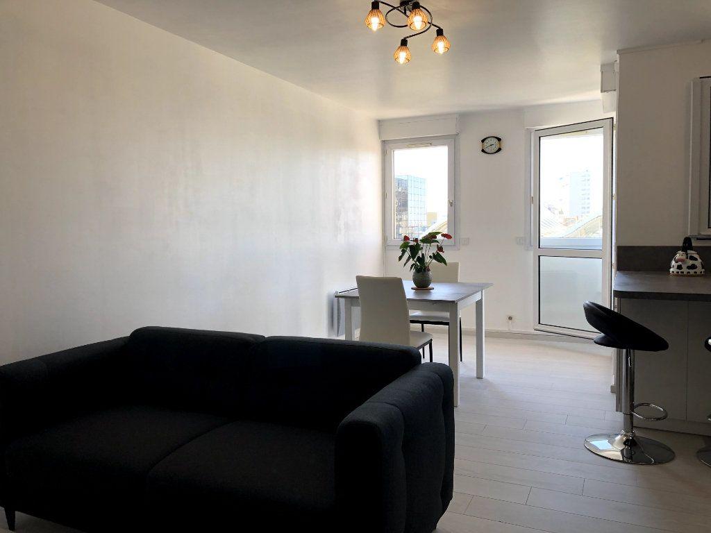 Appartement à louer 2 53m2 à Orléans vignette-5