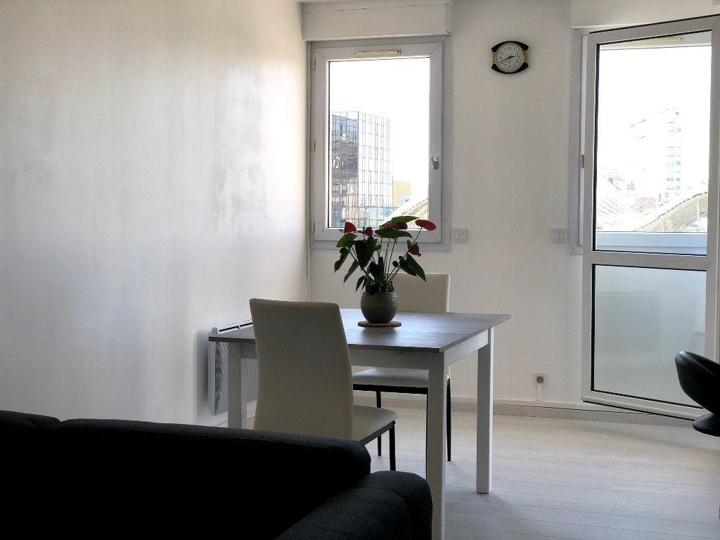 Appartement à louer 2 53m2 à Orléans vignette-7