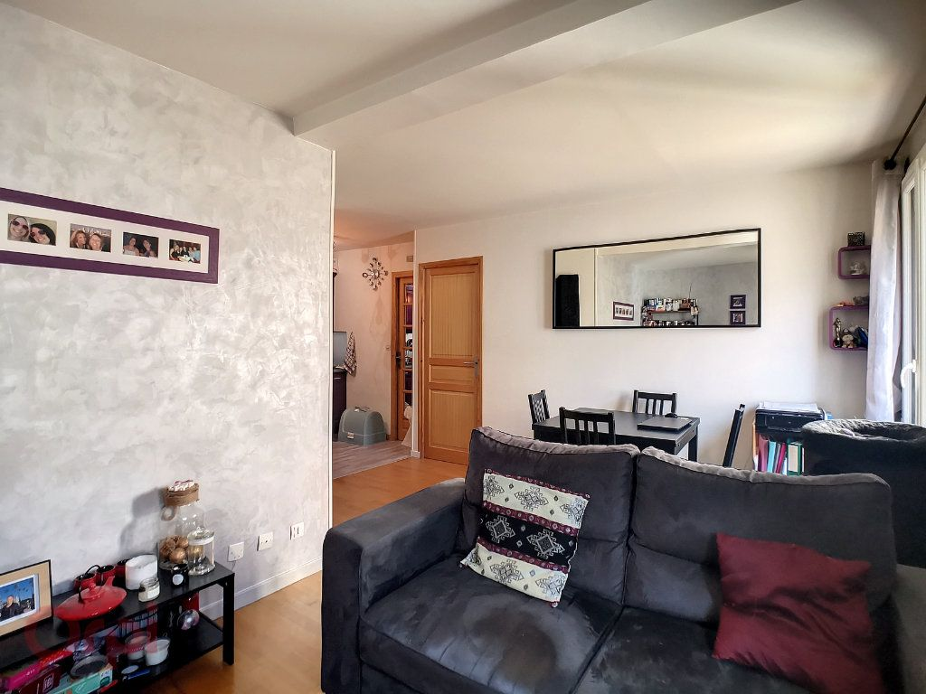 Appartement à vendre 2 35.4m2 à Taverny vignette-3