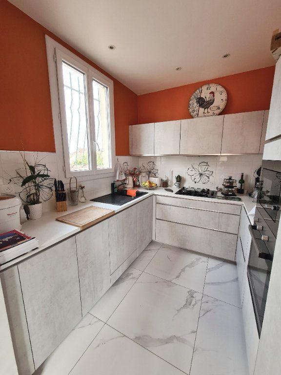 Maison à vendre 5 115m2 à Taverny vignette-4