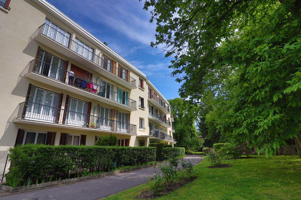 Appartement à vendre 3 55.95m2 à Montmorency vignette-1