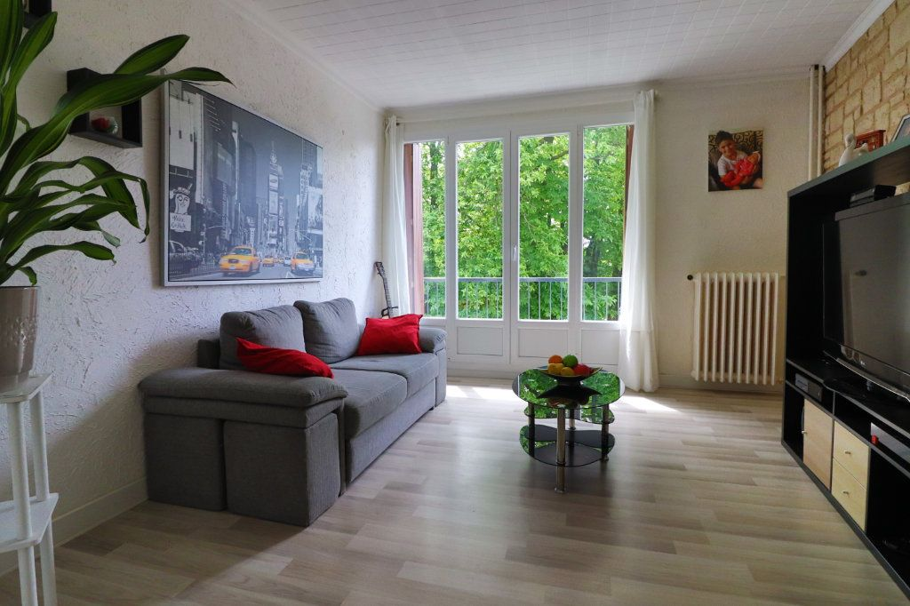 Appartement à vendre 3 55.95m2 à Montmorency vignette-2