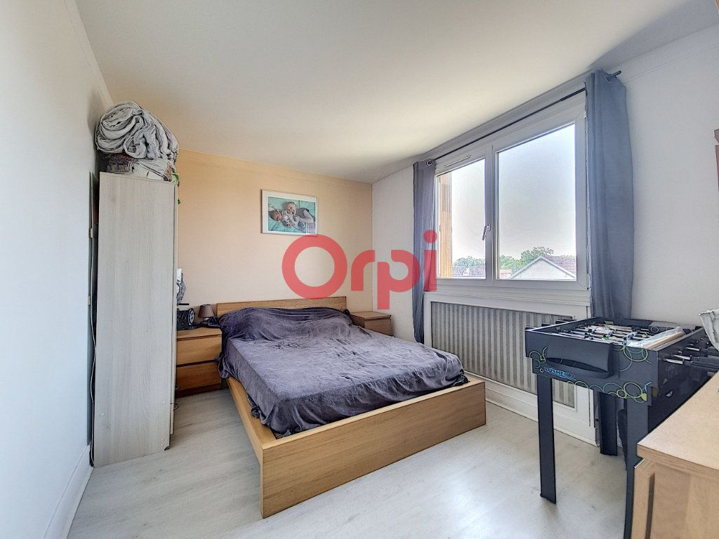 Appartement à vendre 3 71.2m2 à Beauchamp vignette-5