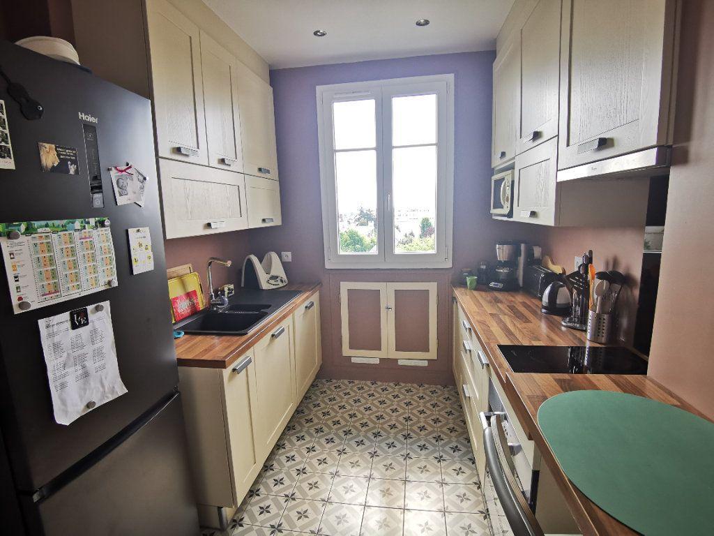 Appartement à vendre 3 65.68m2 à Eaubonne vignette-2