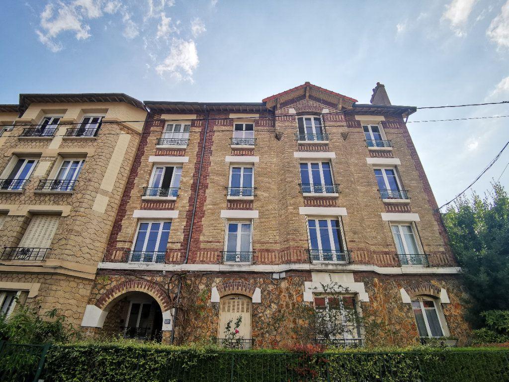 Appartement à vendre 3 65.68m2 à Eaubonne vignette-6