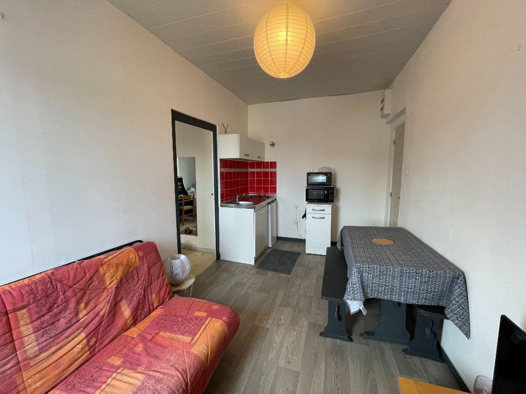Appartement à vendre 2 26m2 à Angers vignette-1