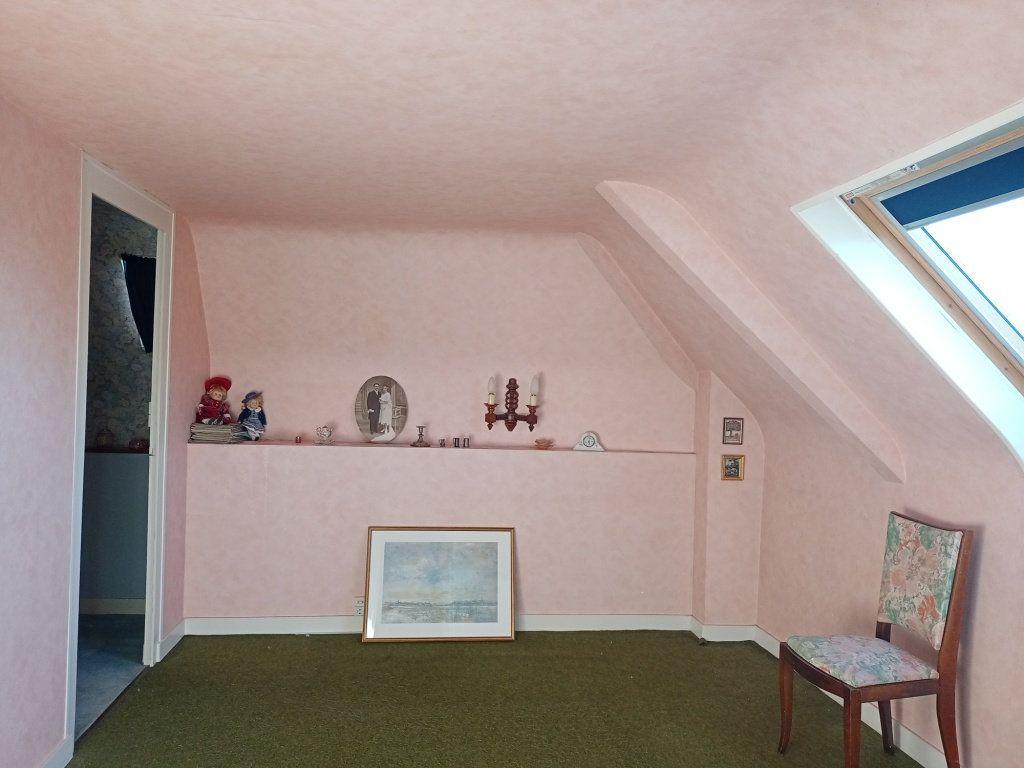 Maison à vendre 8 130m2 à Les Ponts-de-Cé vignette-6