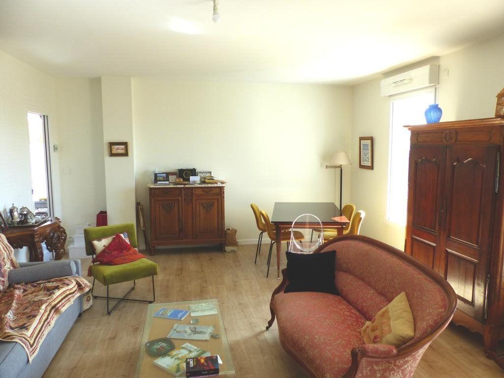 Appartement à vendre 4 110.4m2 à Angers vignette-2