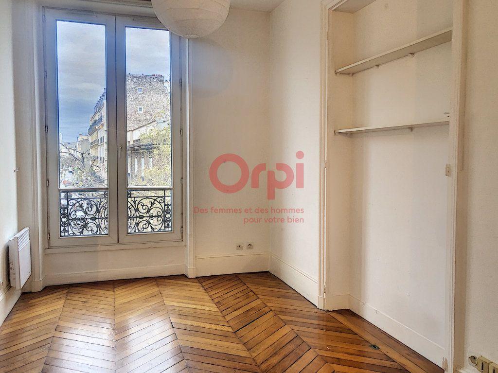 Appartement à louer 2 41m2 à Paris 14 vignette-1