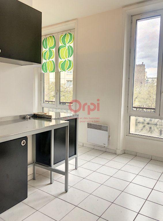 Appartement à louer 2 41m2 à Paris 14 vignette-4