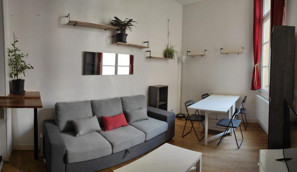 Appartement à louer 2 33.03m2 à Paris 1 vignette-2