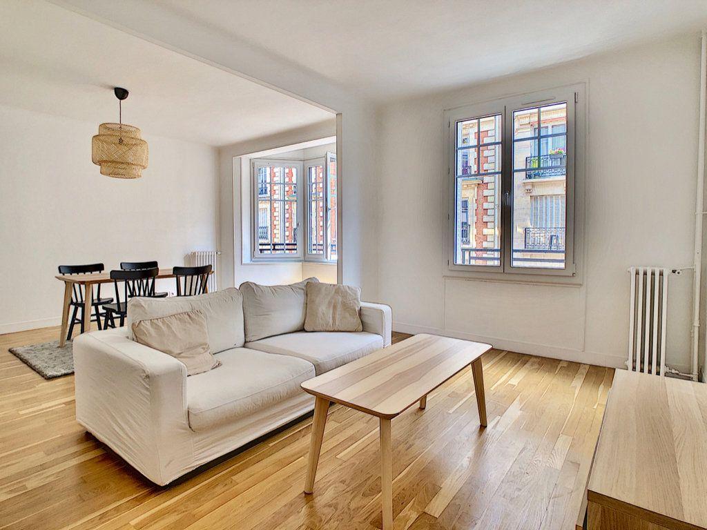 Appartement à louer 3 80m2 à Paris 15 vignette-2