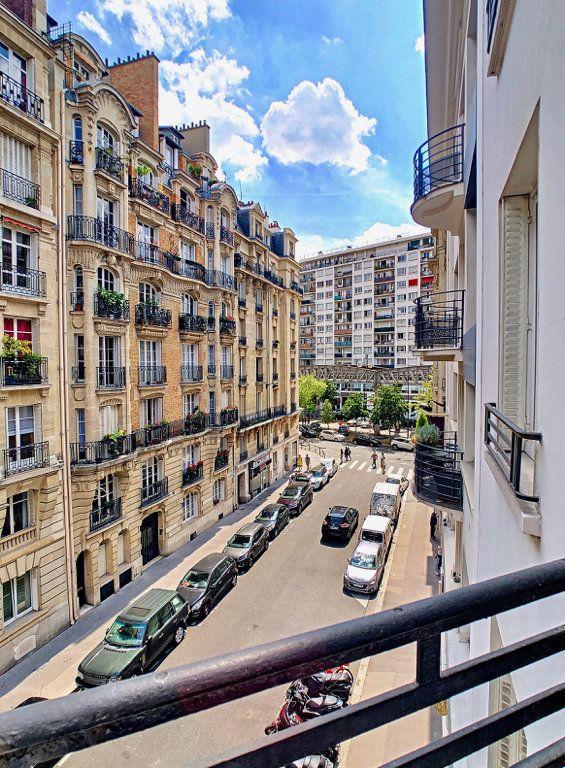 Appartement à louer 3 80m2 à Paris 15 vignette-9