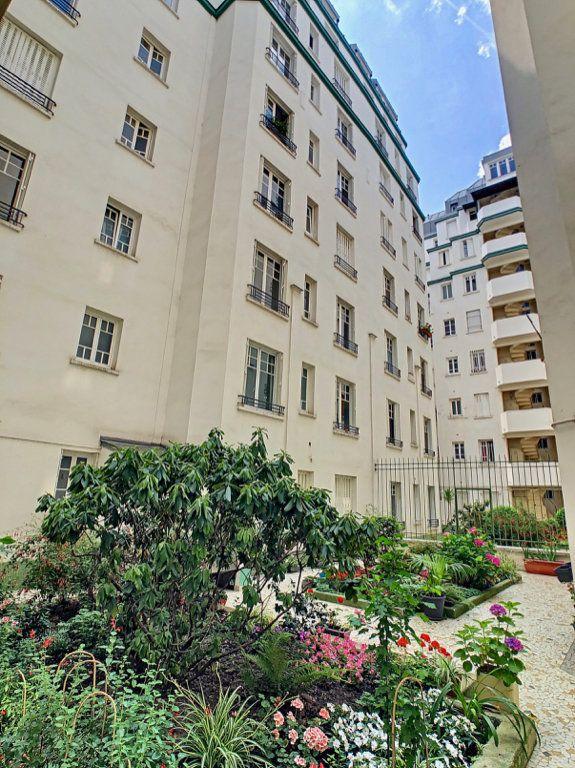 Appartement à louer 3 80m2 à Paris 15 vignette-10