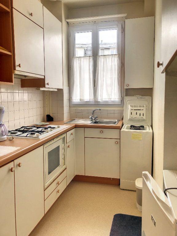 Appartement à louer 1 23m2 à Paris 14 vignette-5