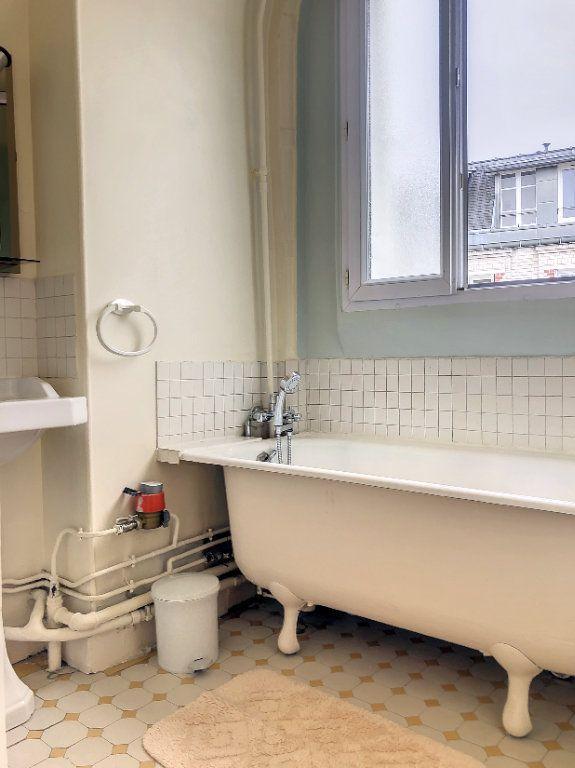 Appartement à louer 1 23m2 à Paris 14 vignette-6
