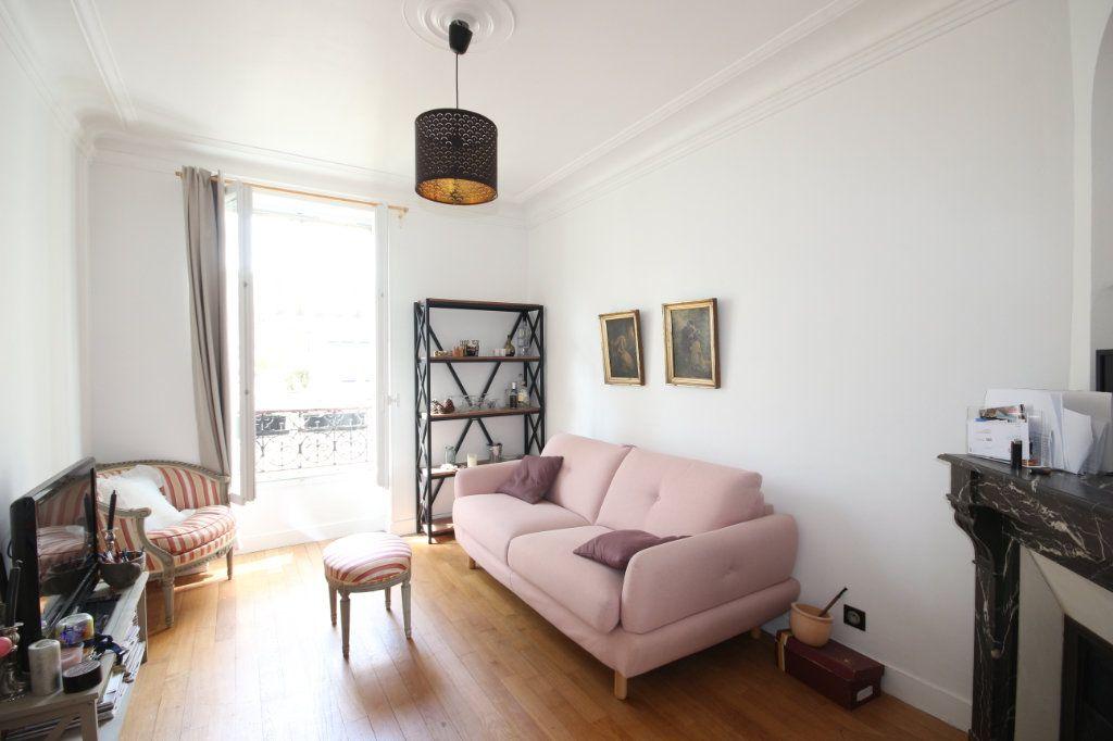 Appartement à vendre 3 51m2 à Paris 14 vignette-1