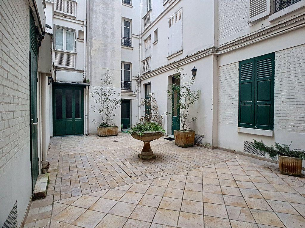 Appartement à vendre 3 51m2 à Paris 14 vignette-10