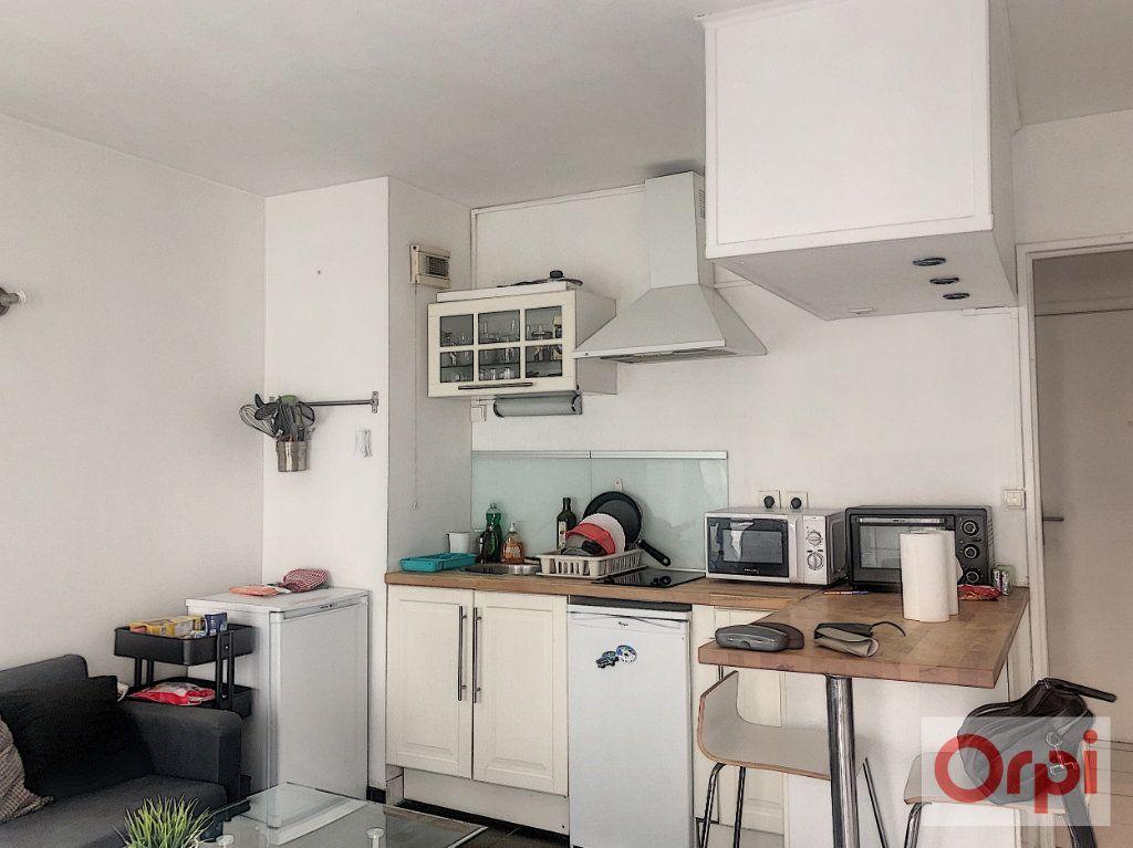 Appartement à louer 1 26.51m2 à Châtillon vignette-2
