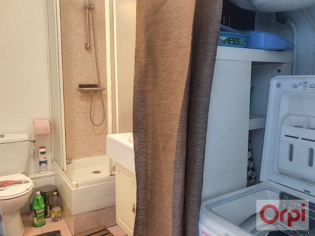 Appartement à louer 1 26.51m2 à Châtillon vignette-3