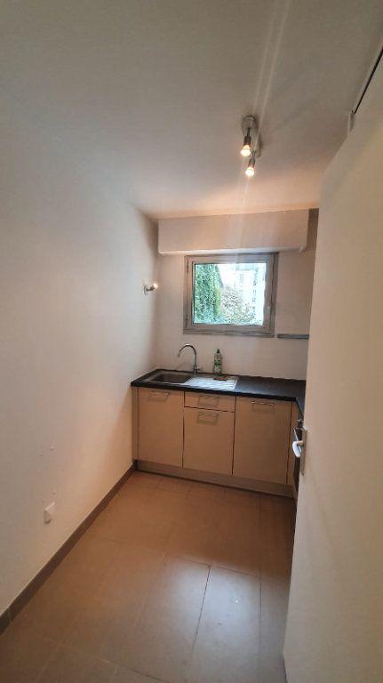 Appartement à louer 2 48.52m2 à Paris 14 vignette-4