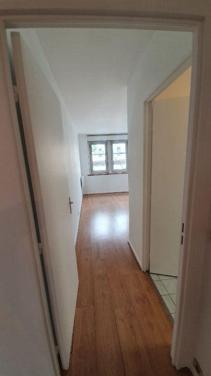Appartement à louer 2 48.52m2 à Paris 14 vignette-6