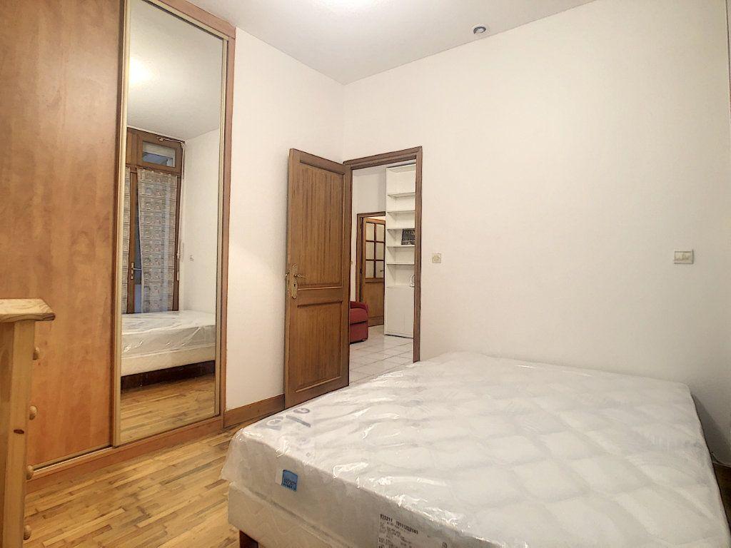 Appartement à louer 2 35.79m2 à Paris 14 vignette-4