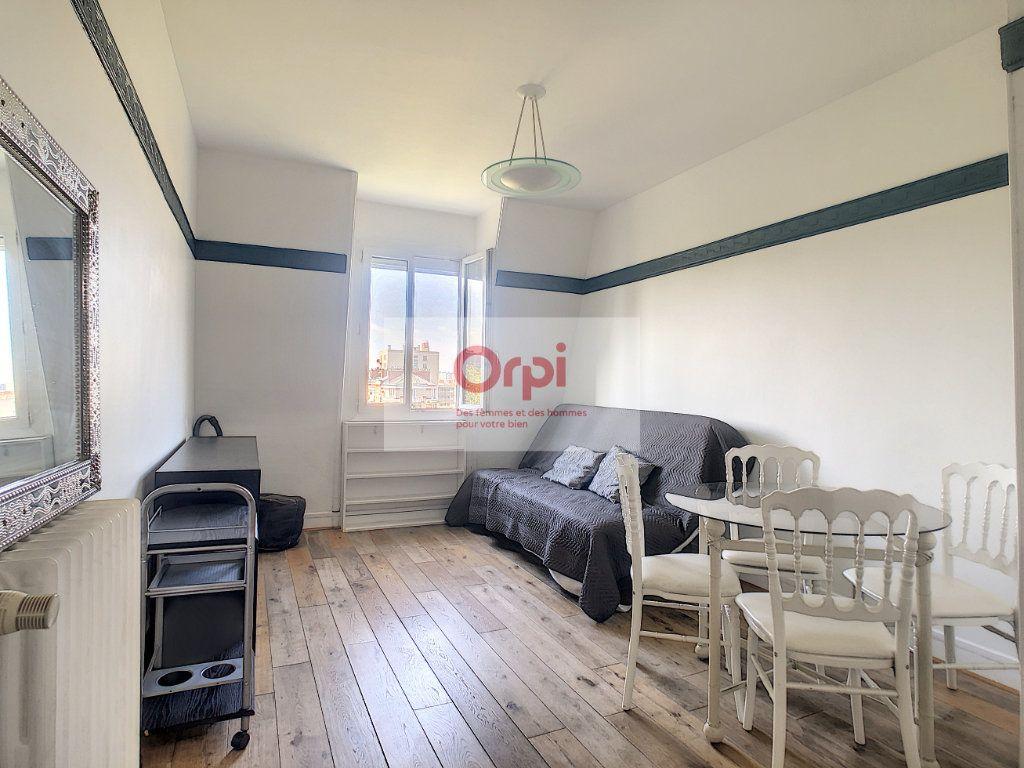 Appartement à louer 2 34m2 à Paris 14 vignette-1