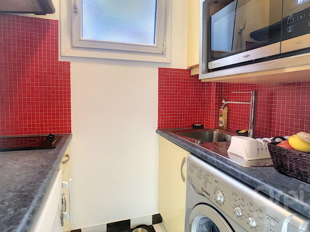 Appartement à louer 2 34m2 à Paris 14 vignette-2