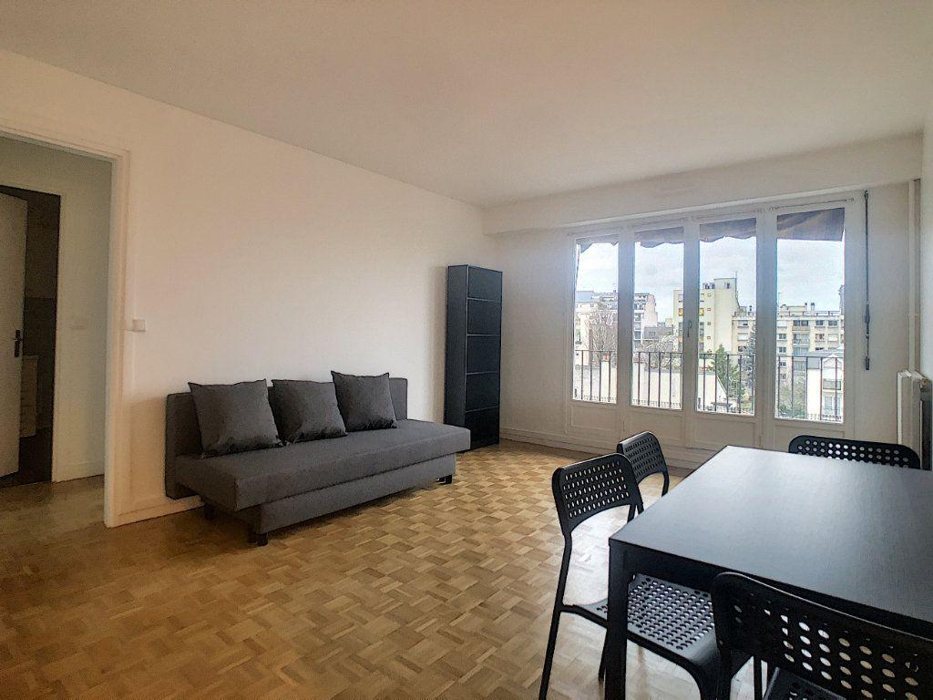 Appartement à louer 2 41m2 à Vanves vignette-1