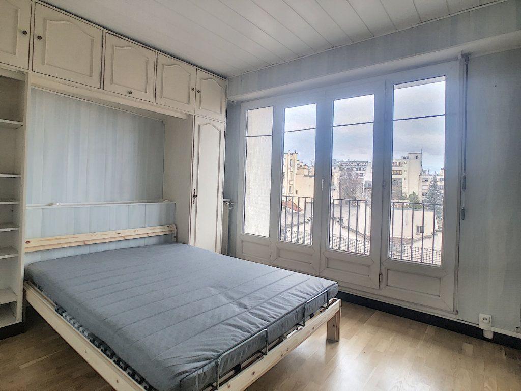 Appartement à louer 2 41m2 à Vanves vignette-2