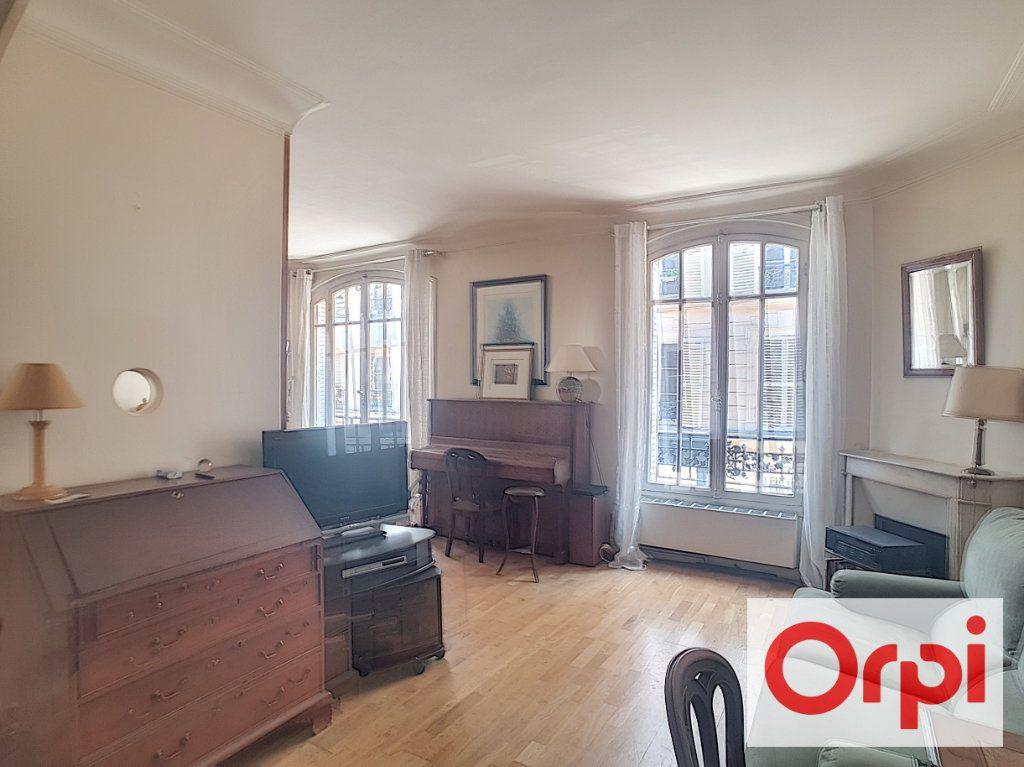 Appartement à vendre 4 78m2 à Paris 14 vignette-1