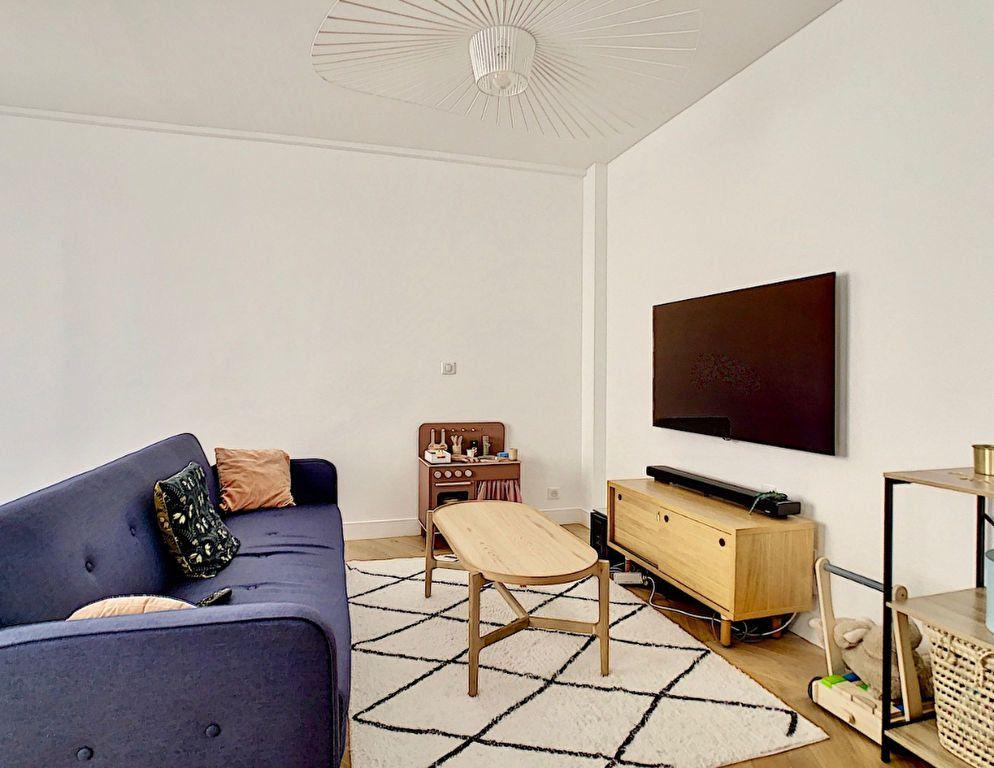 Appartement à vendre 3 70m2 à Paris 15 vignette-8