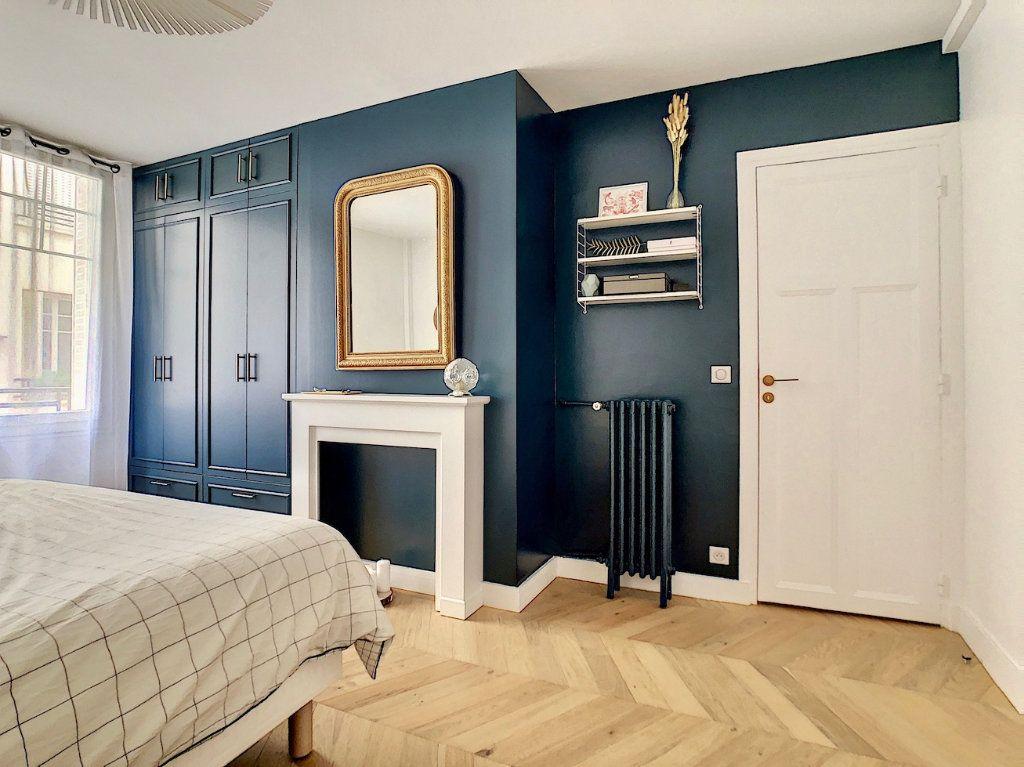 Appartement à vendre 3 70m2 à Paris 15 vignette-10